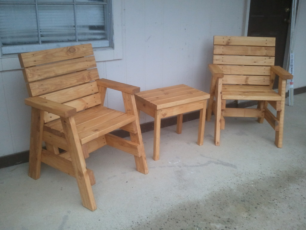 How to build 2 outdoor arm chairs and a side table jays What are chairs made of