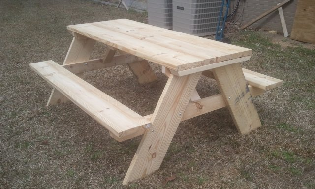 how to build a 6 foot picnic table jays custom creations. Black Bedroom Furniture Sets. Home Design Ideas