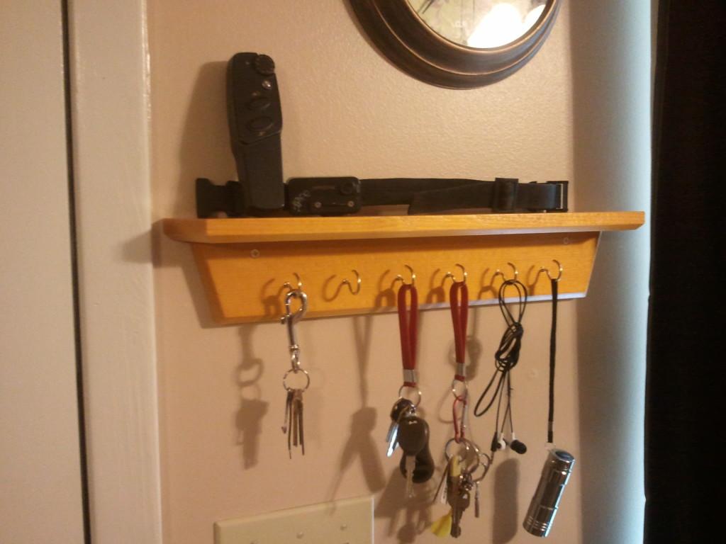 Key holder shelves
