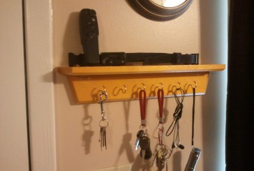 Simple Key Holder Shelves