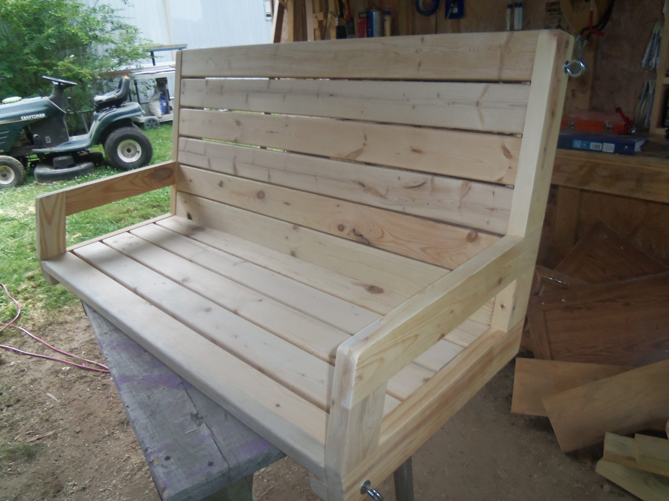 Randy Whittemire's 2x4 porch swing