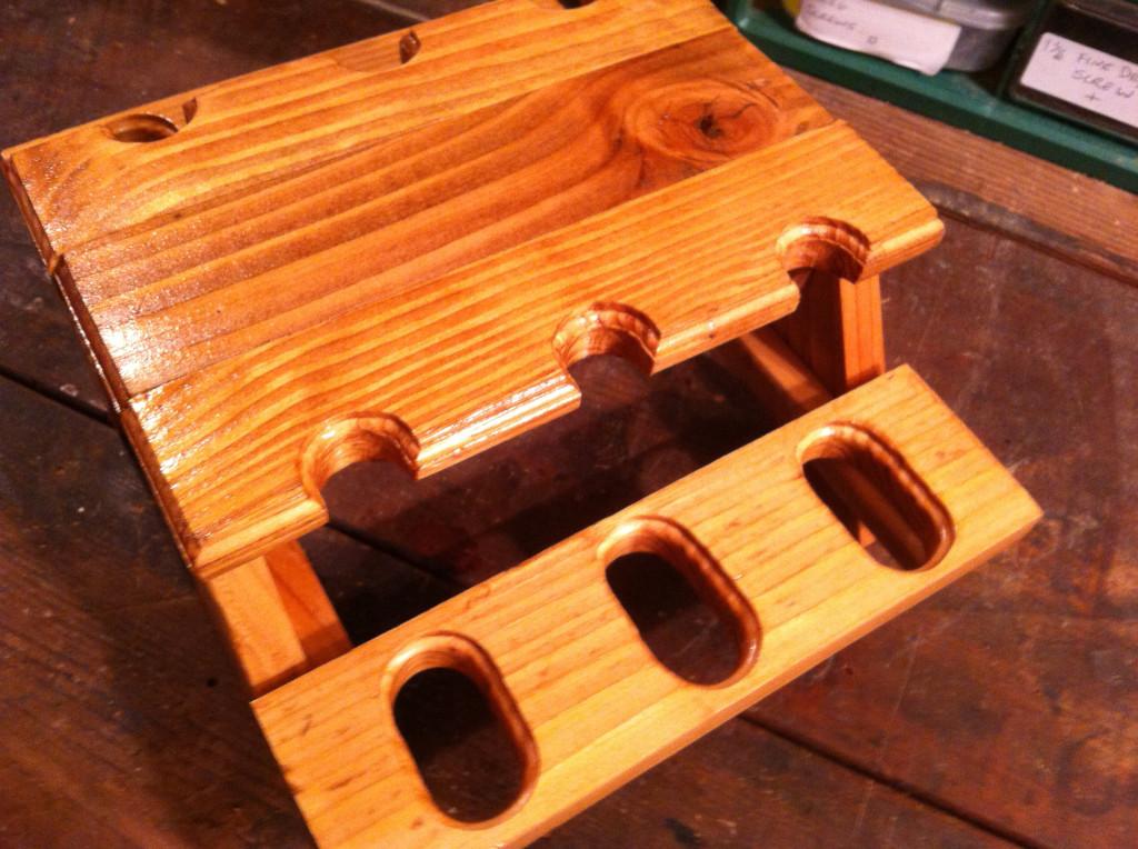 mini picnic table pipe holder3