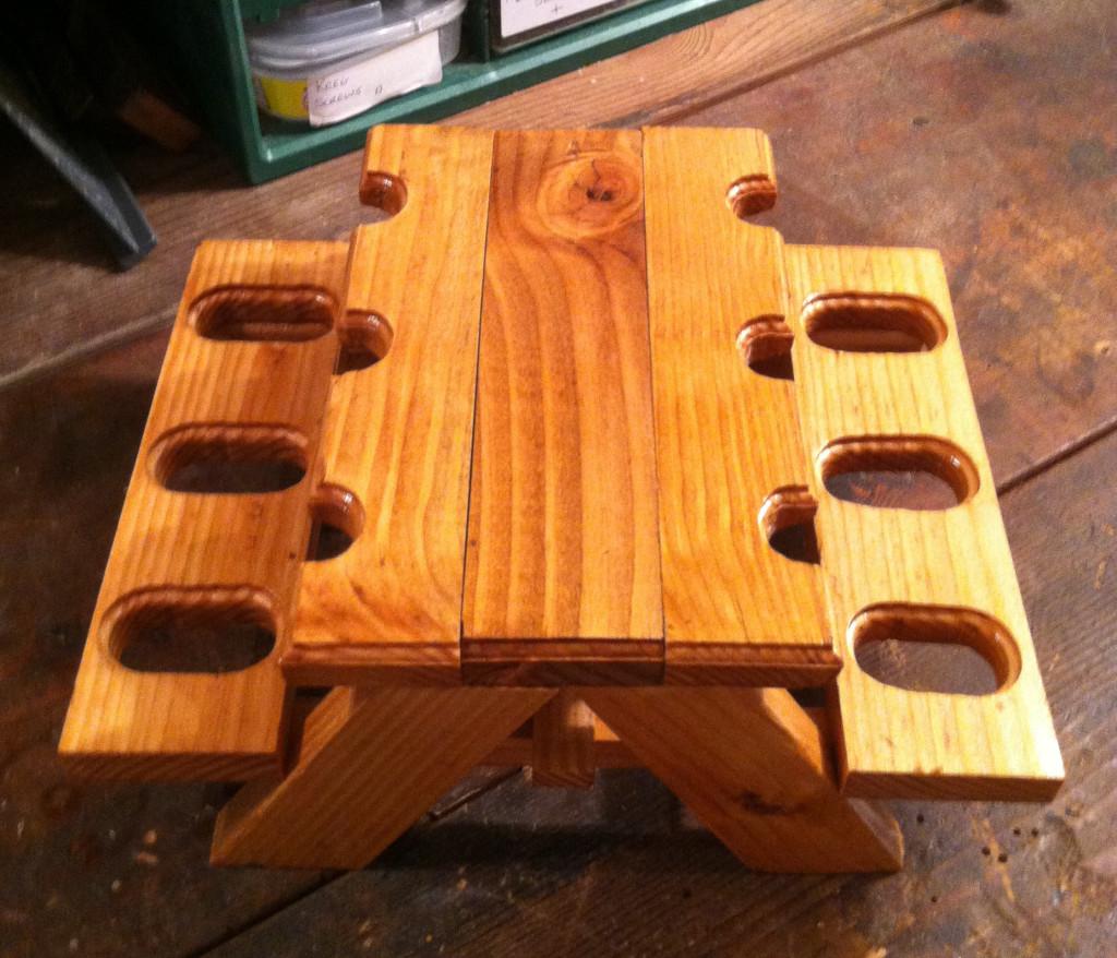 mini picnic table pipe holder4