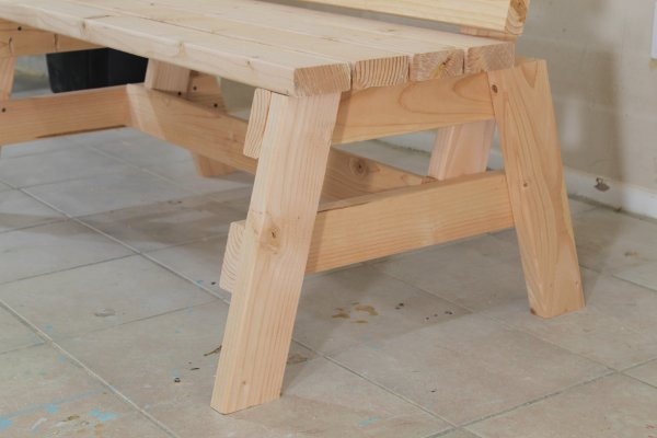 How To Build A Comfortable 2×4 Bench And Side Table | Jays Custom ...