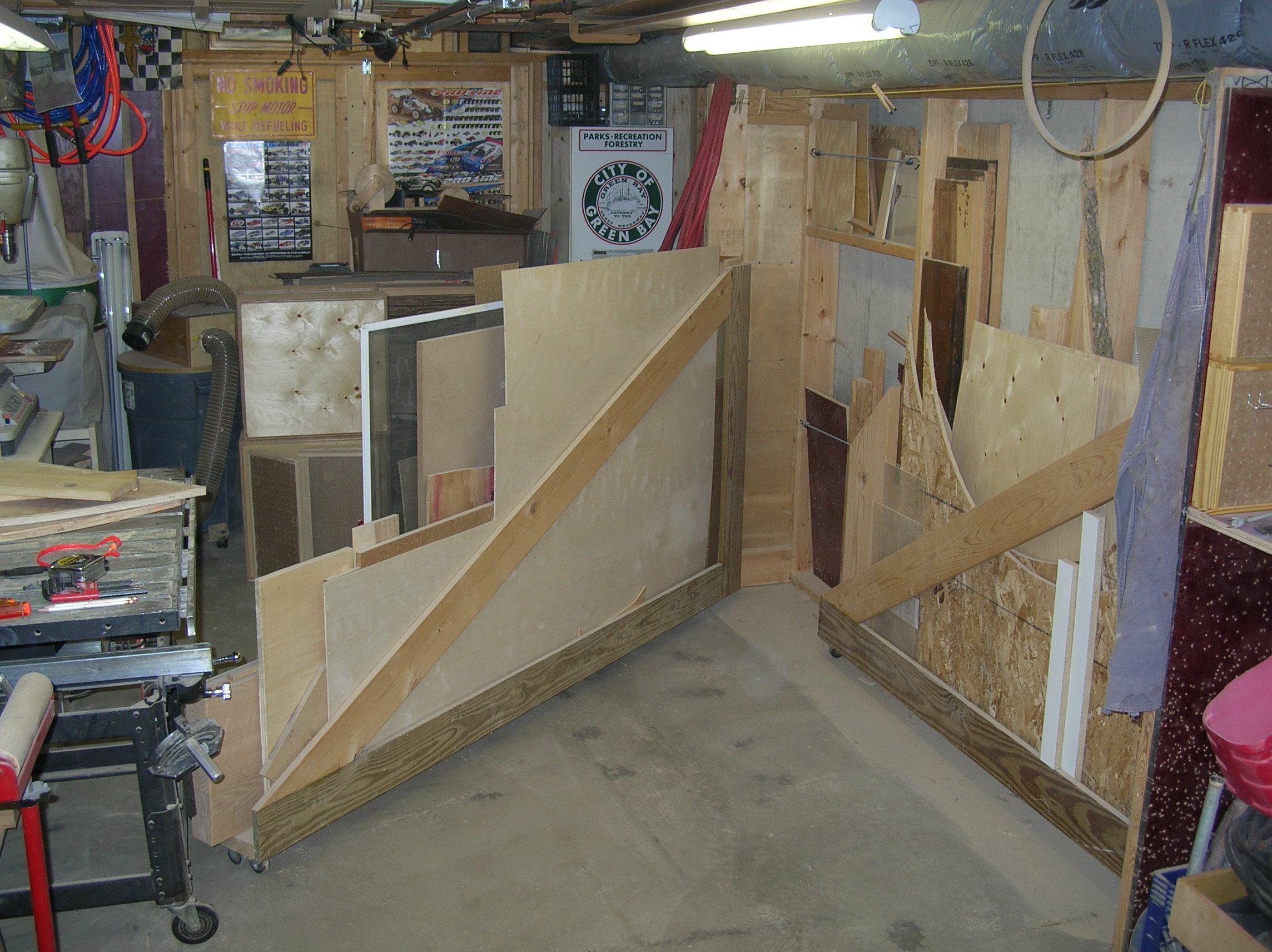 Mike dekayser s nice basement shop jays custom creations for Nice basements