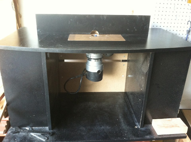 entertainment center router table 3
