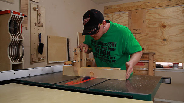 french cleat router table (11)
