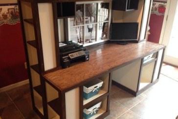 Chaz Loughridge's Unique Desk