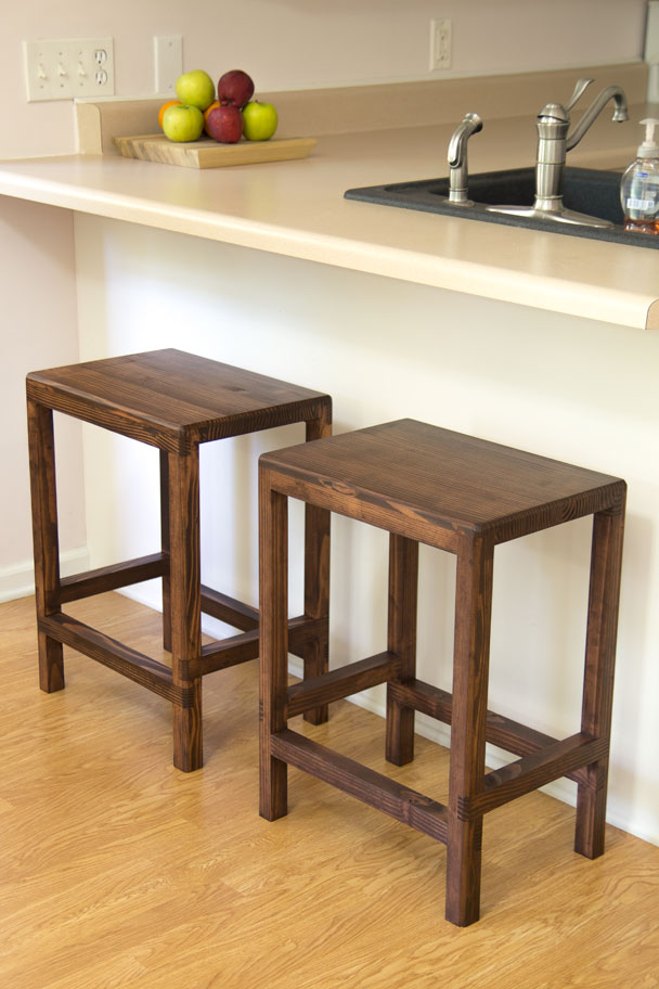 How to make a half lap bar stool from 2x4s jays custom for 2x4 stool plans