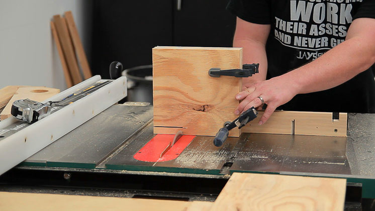 table saw clutter catcher shelf (7)