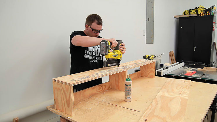 table saw clutter catcher shelf (9)