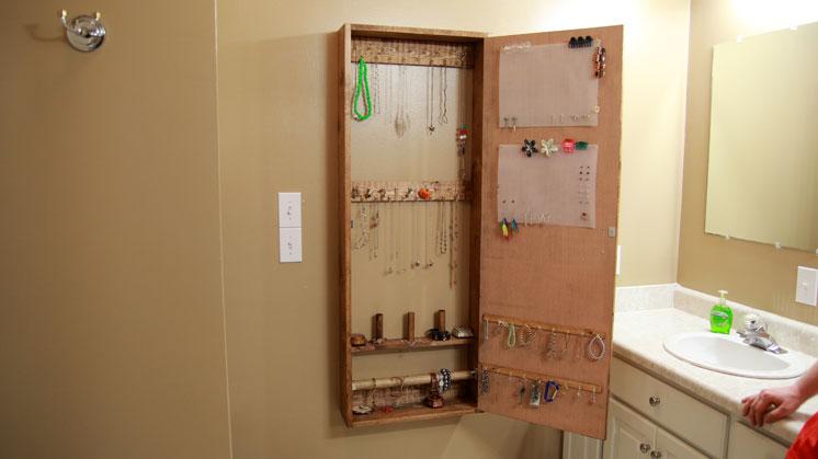 jewelry cabinet (2)