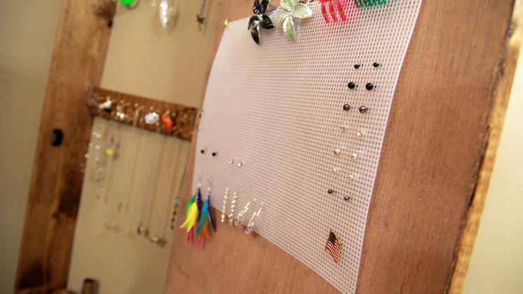 jewelry cabinet (6)