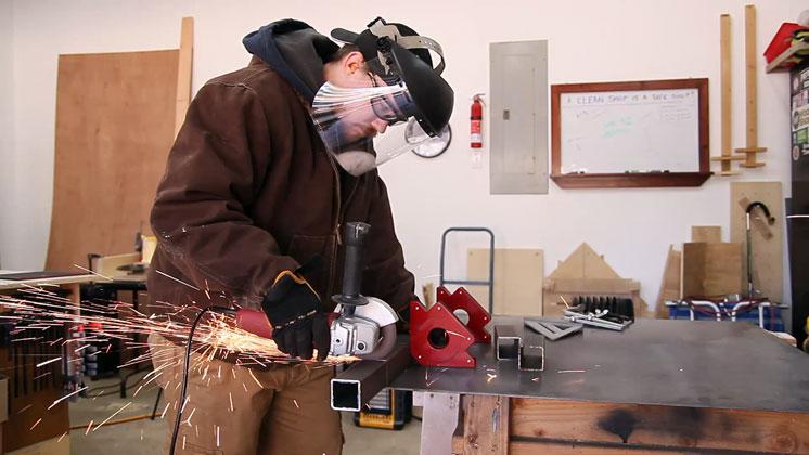 homemade metal vise  (2)