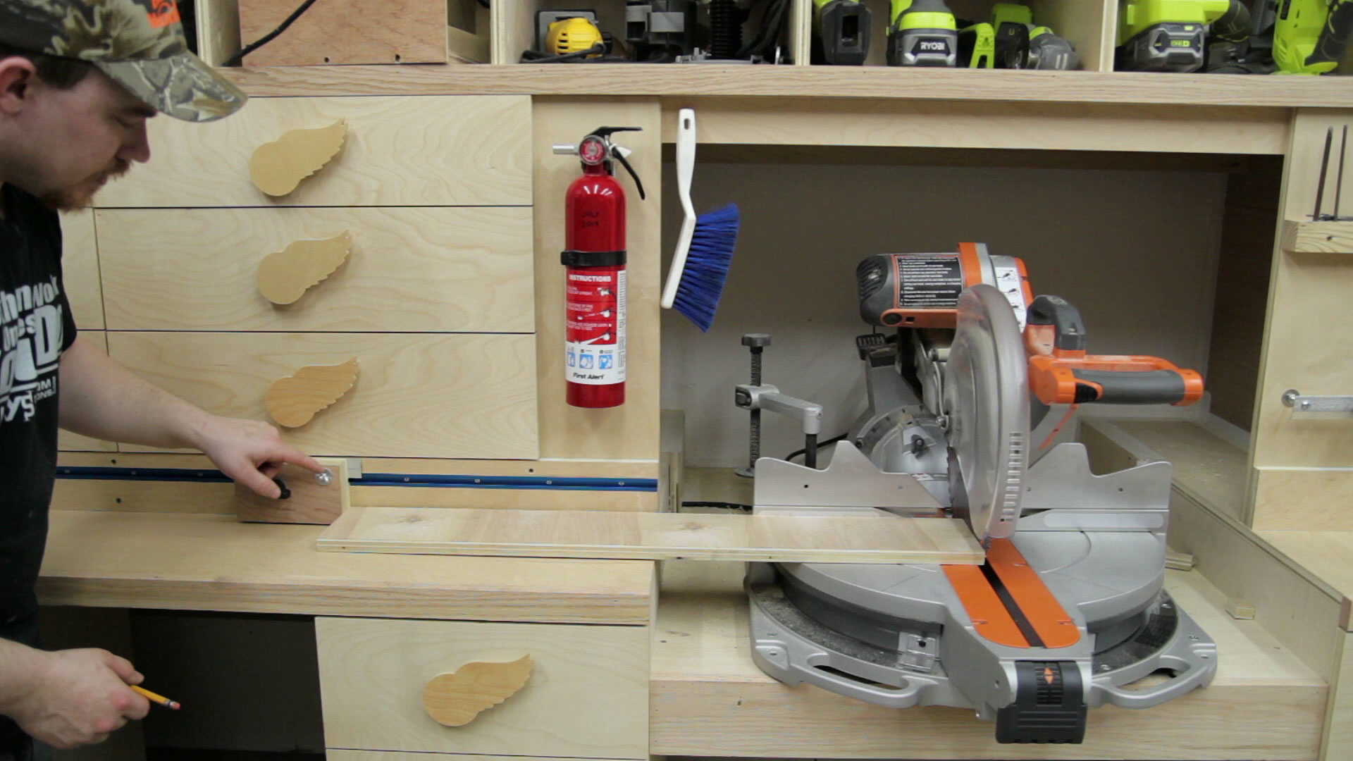 Super Simple Stop Block For A Miter Saw Station Jays Custom Creations