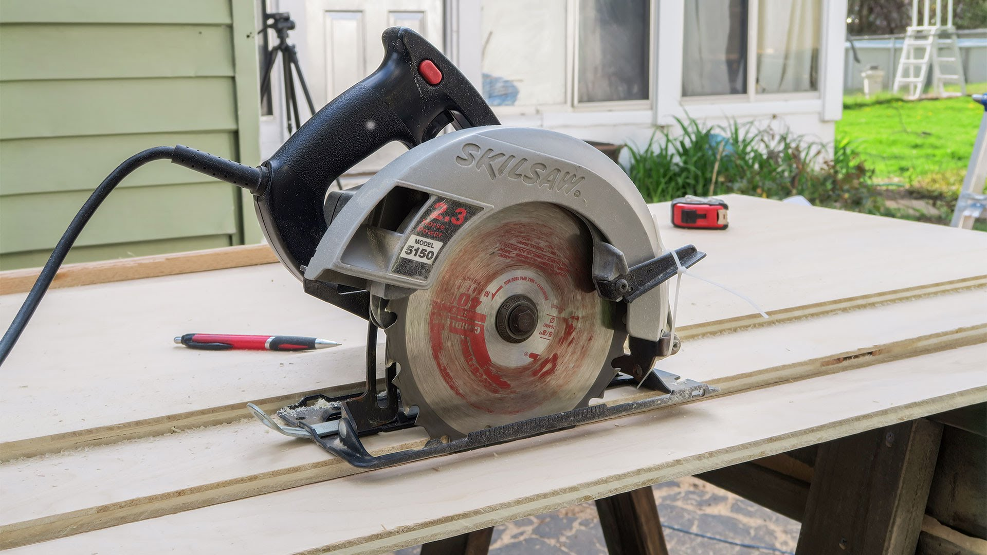 Perfect cuts with a circular saw track jays custom creations keyboard keysfo Image collections