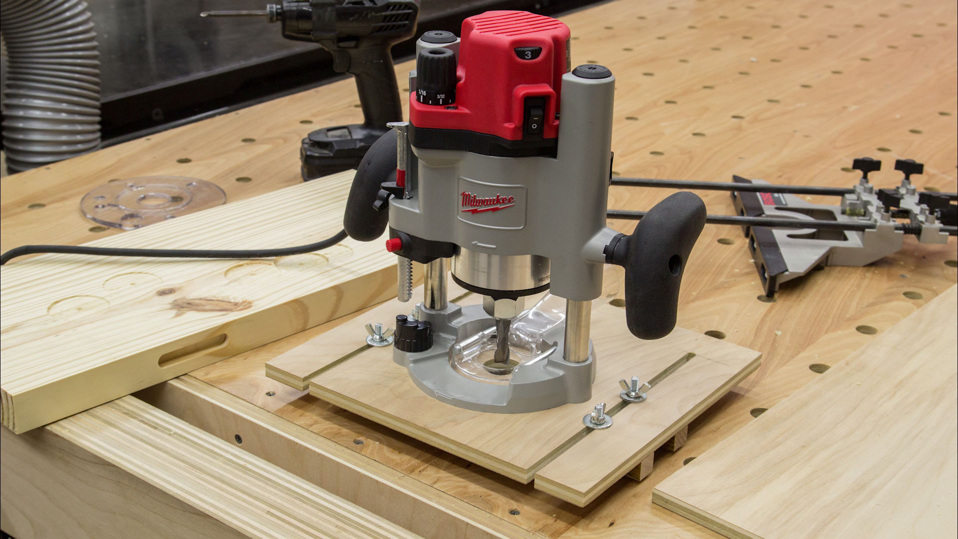 Making a trim router edge guide jig (palm router edge guide) youtube.