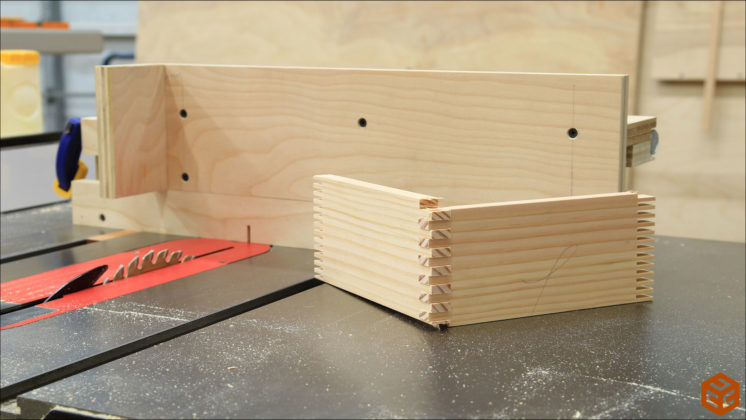 box joint jig (24)