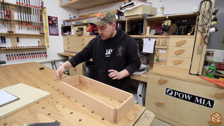 hand cut dovetail hand tool tote (6)