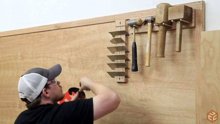 hand tool wall (17)