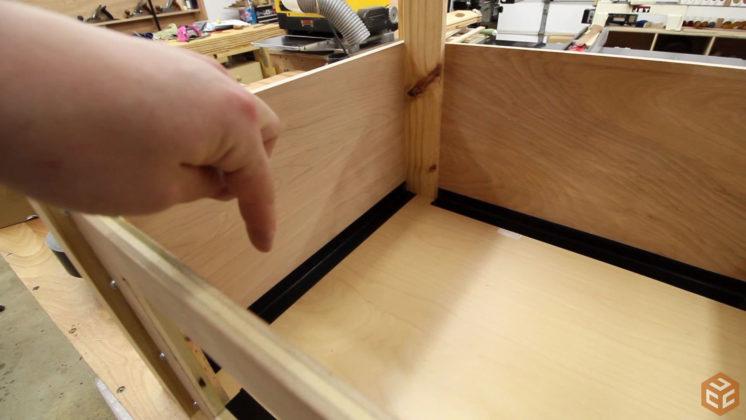 woodshop air cleaner cart (16)