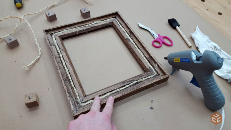 oak-and-twine-rustic-picture-frame-(12)