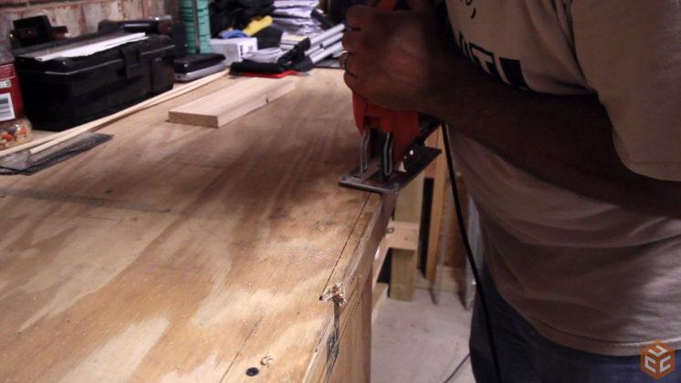 2x4 workbench leg vise (6)