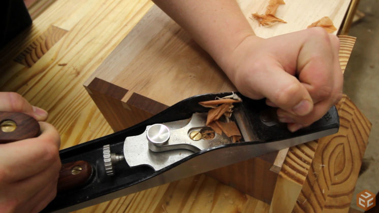 hand cut dovetail utensil shelves (32)