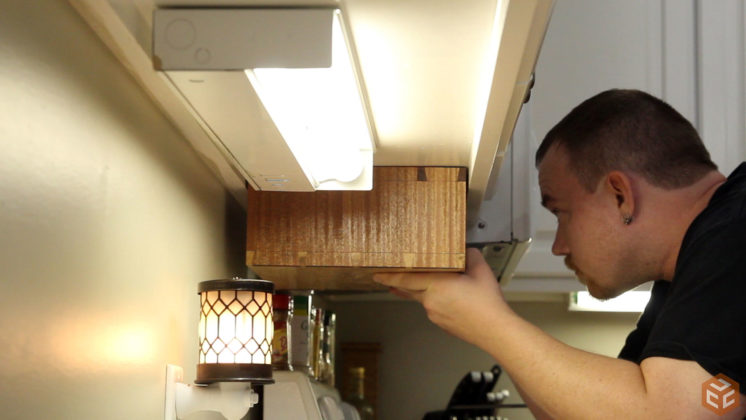 hand cut dovetail utensil shelves (36)