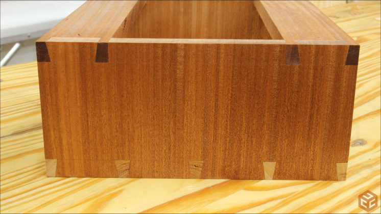 hand cut dovetail utensil shelves (39)