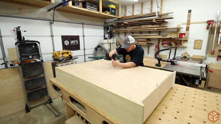 how-to-build-a-bookcase-26