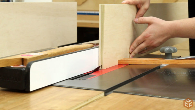 how-to-build-a-bookcase-4